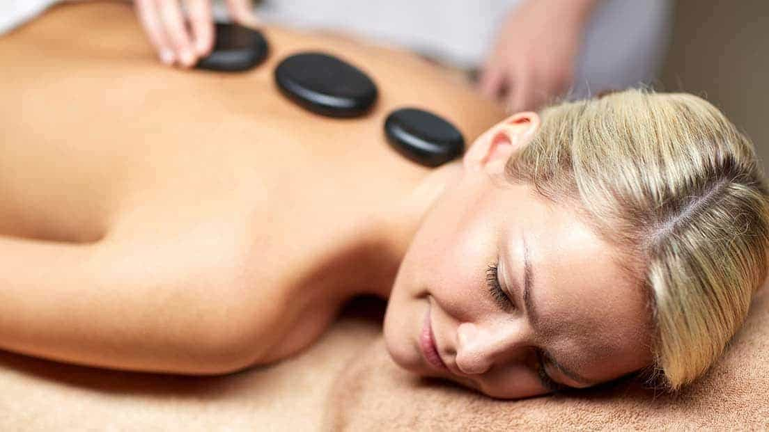 ishga hot stone massage