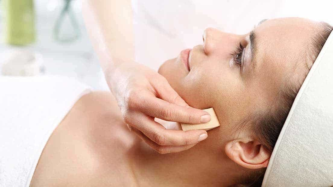 Elemis Pro-Collagen Quartz Lift Facial