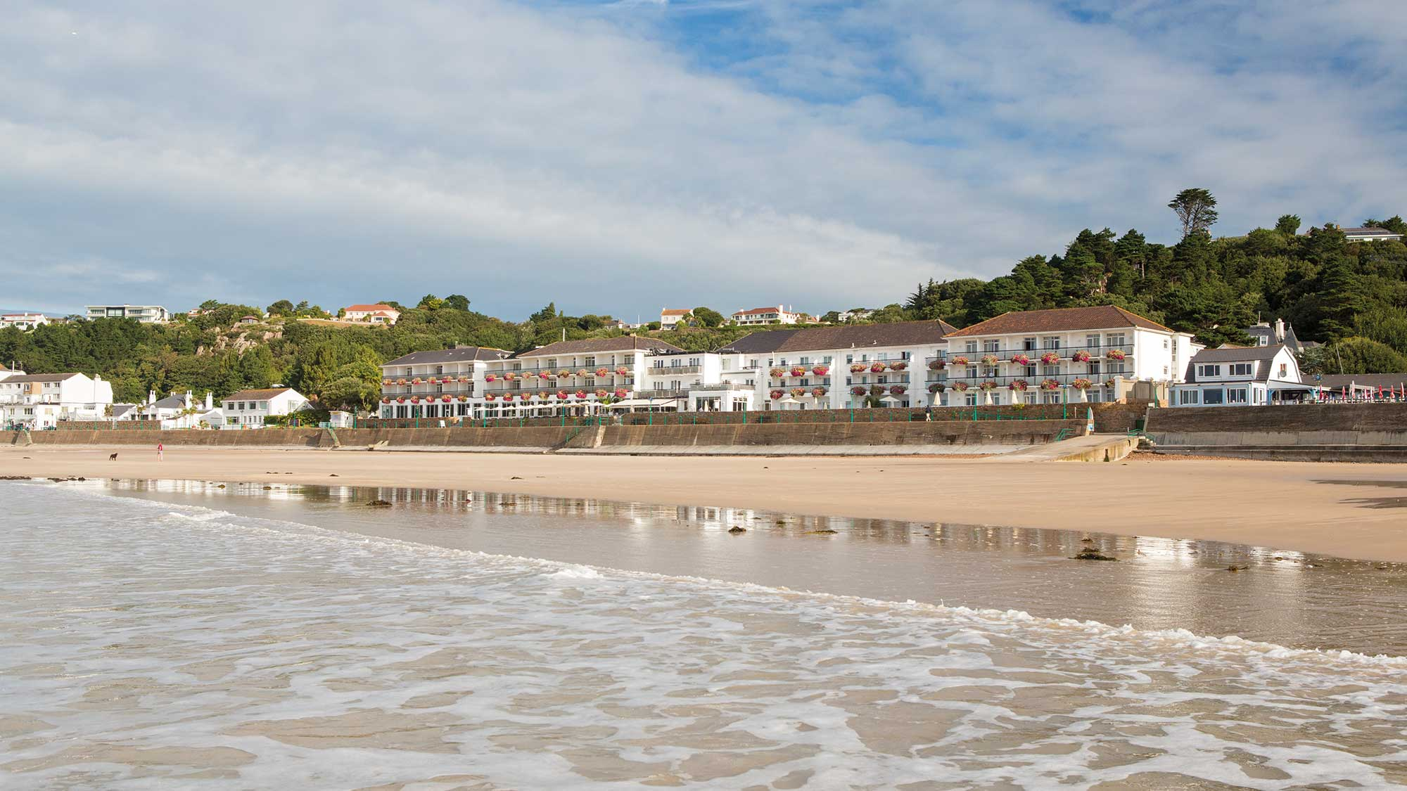situated directly on st brelades bay