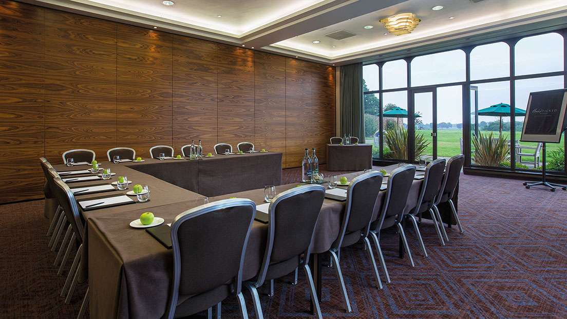 Meeting conference rooms in nantwich cheshire rookery for Best private dining rooms cheshire