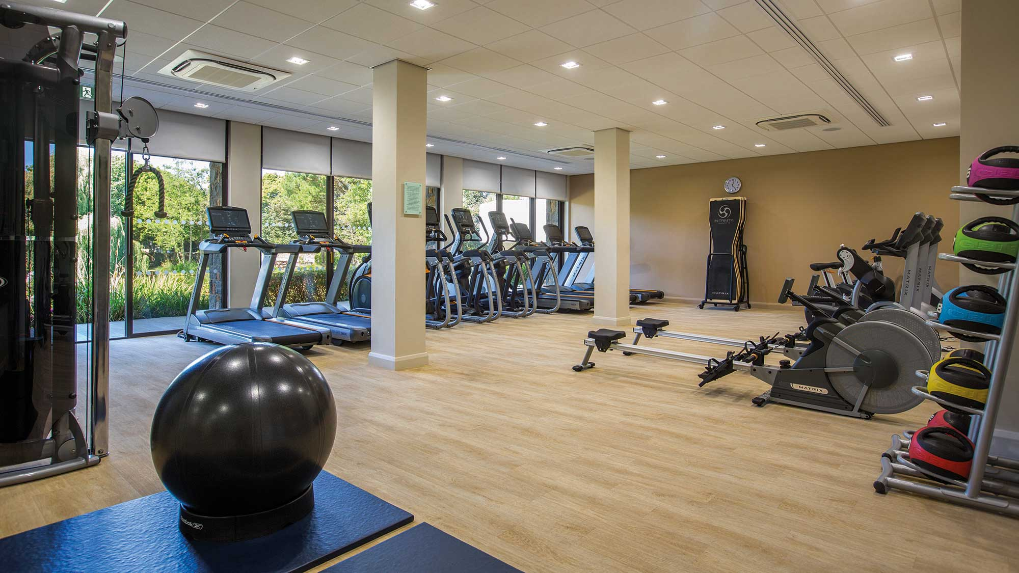 New Spa And Health Club St Pierre Park Hotel Spa Amp Golf